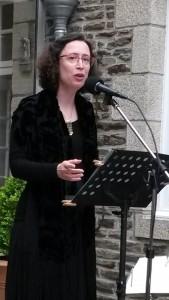 Sandrine en représentation