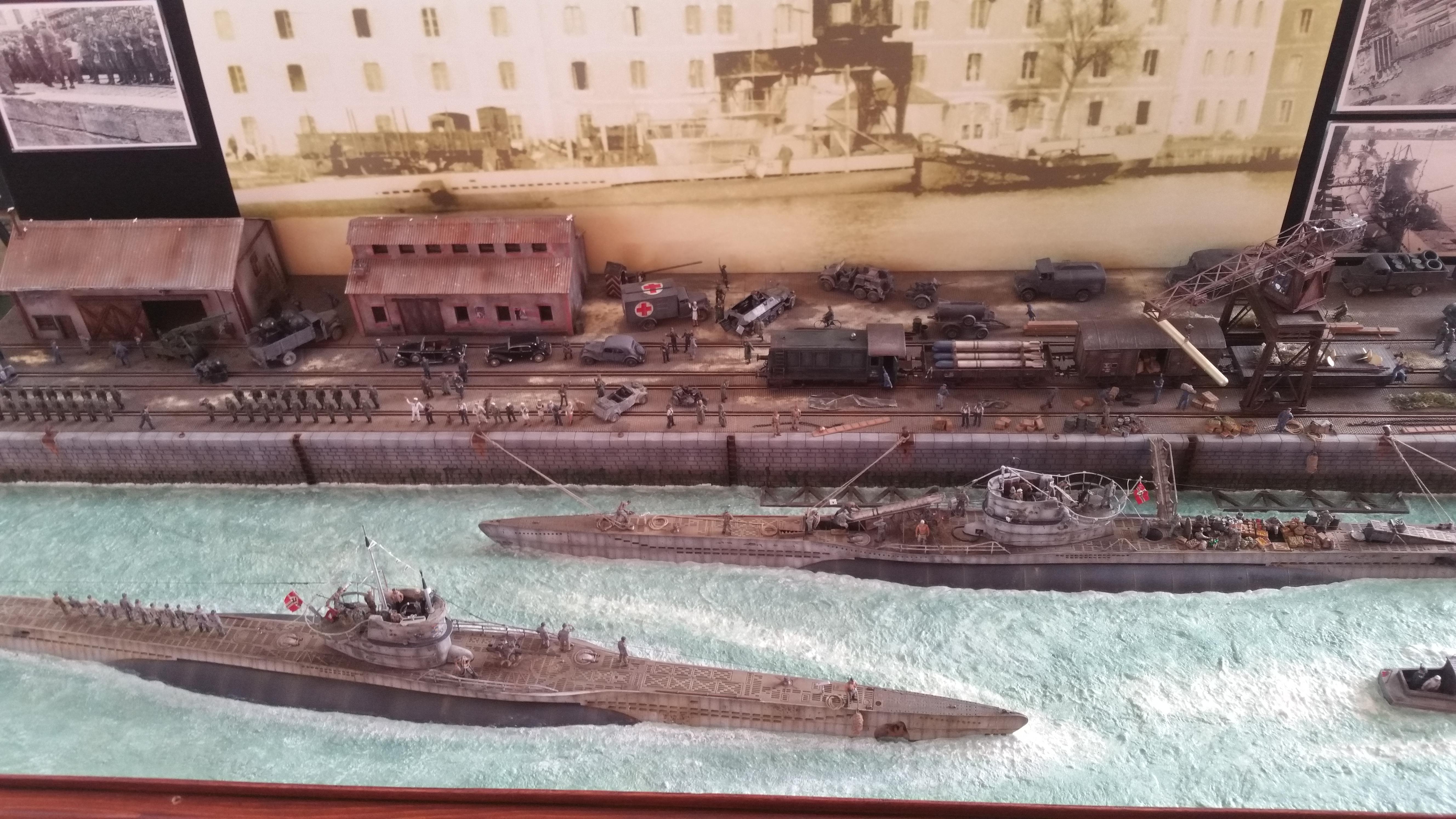 2 eme prix port des sous marins de St Nazaire durant la seconde guerre mondiale